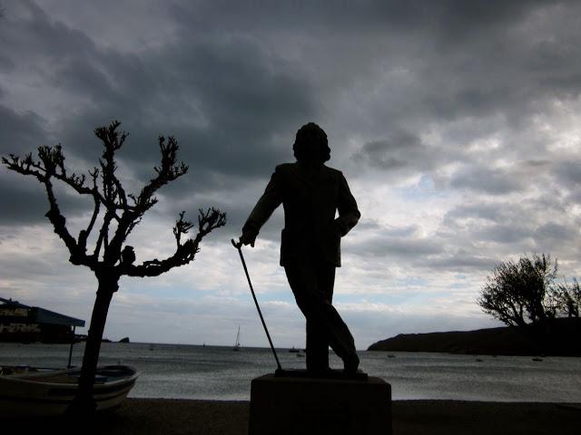 La estatua de Dali en Cadaques