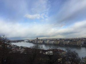 2- despierta la ciudad de budapest