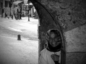 Arco de entrada camino La Alahambra copia_Fotor
