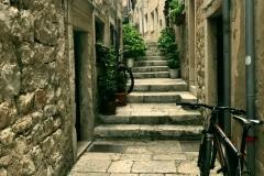 calle con biciclaeta