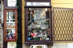 12- buda-13-Tienda de especialidades húngaras_Fotor